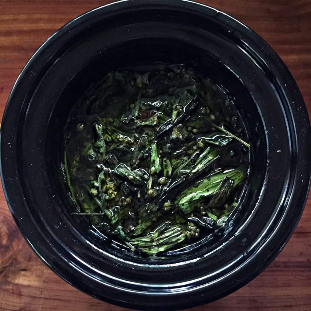 make herbal oil