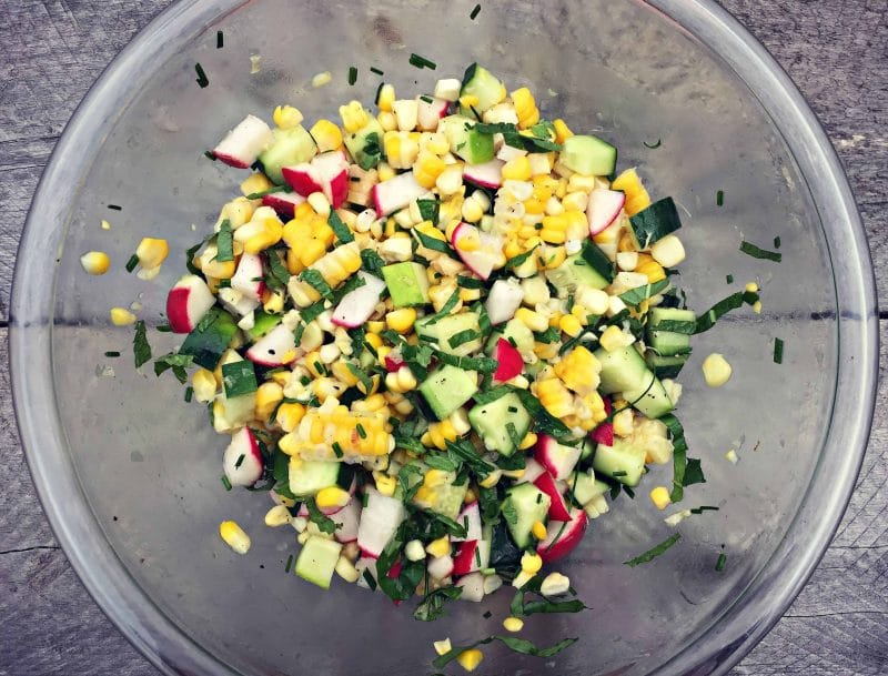 mix corn with herbs