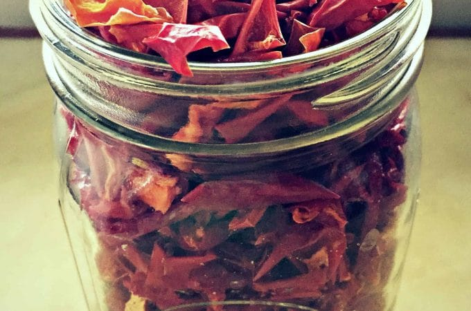 How to Dehydrate Peppers for Food Storage
