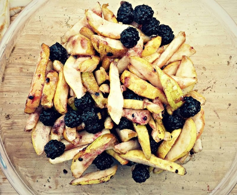 bowl of mixed pears and blackberries