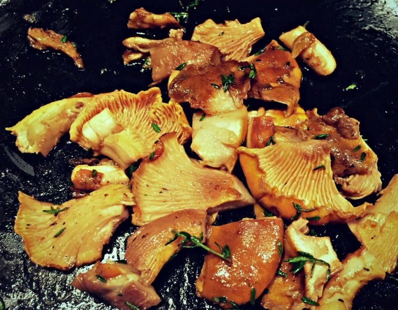 chanterelles with thyme