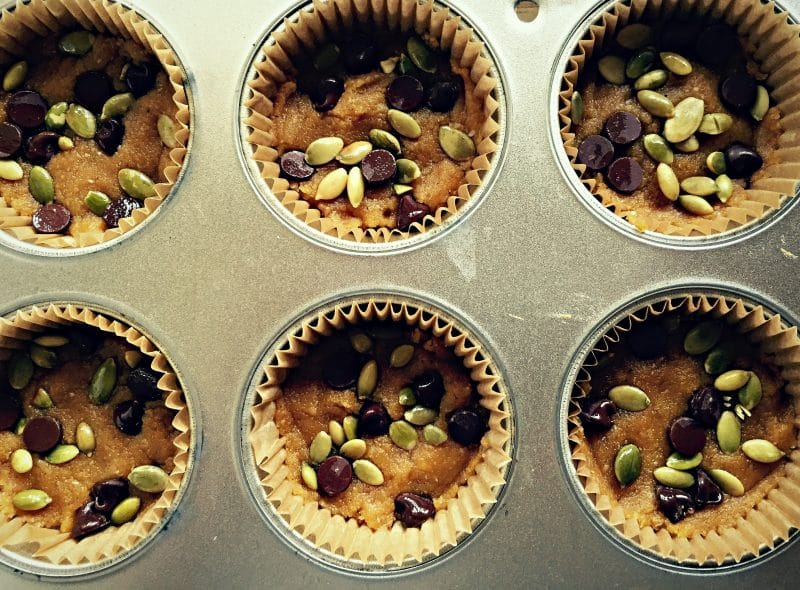 no bake pumpkin cups in a muffin tin before refrigerating