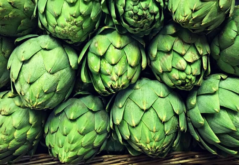 how to prepare artichokes to eat
