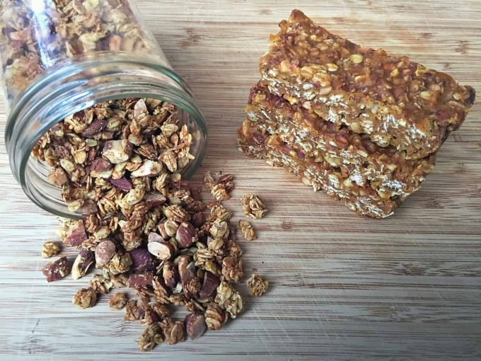 pumpkin-coconut-almond-granola-and-bars