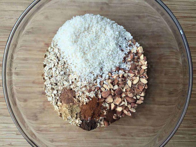 pumpkin-granola-dry-ingredients