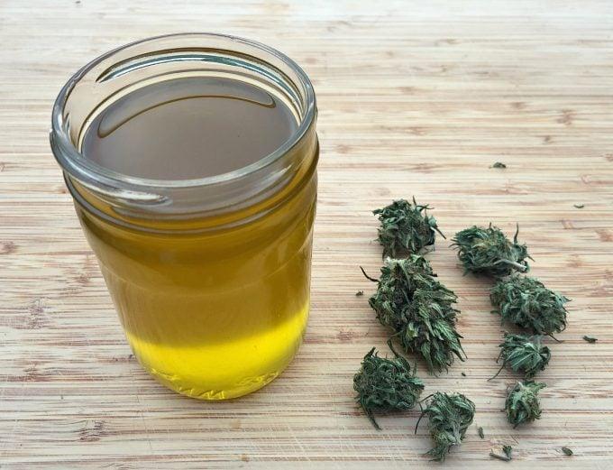 cannabis-cbd-infused-oil