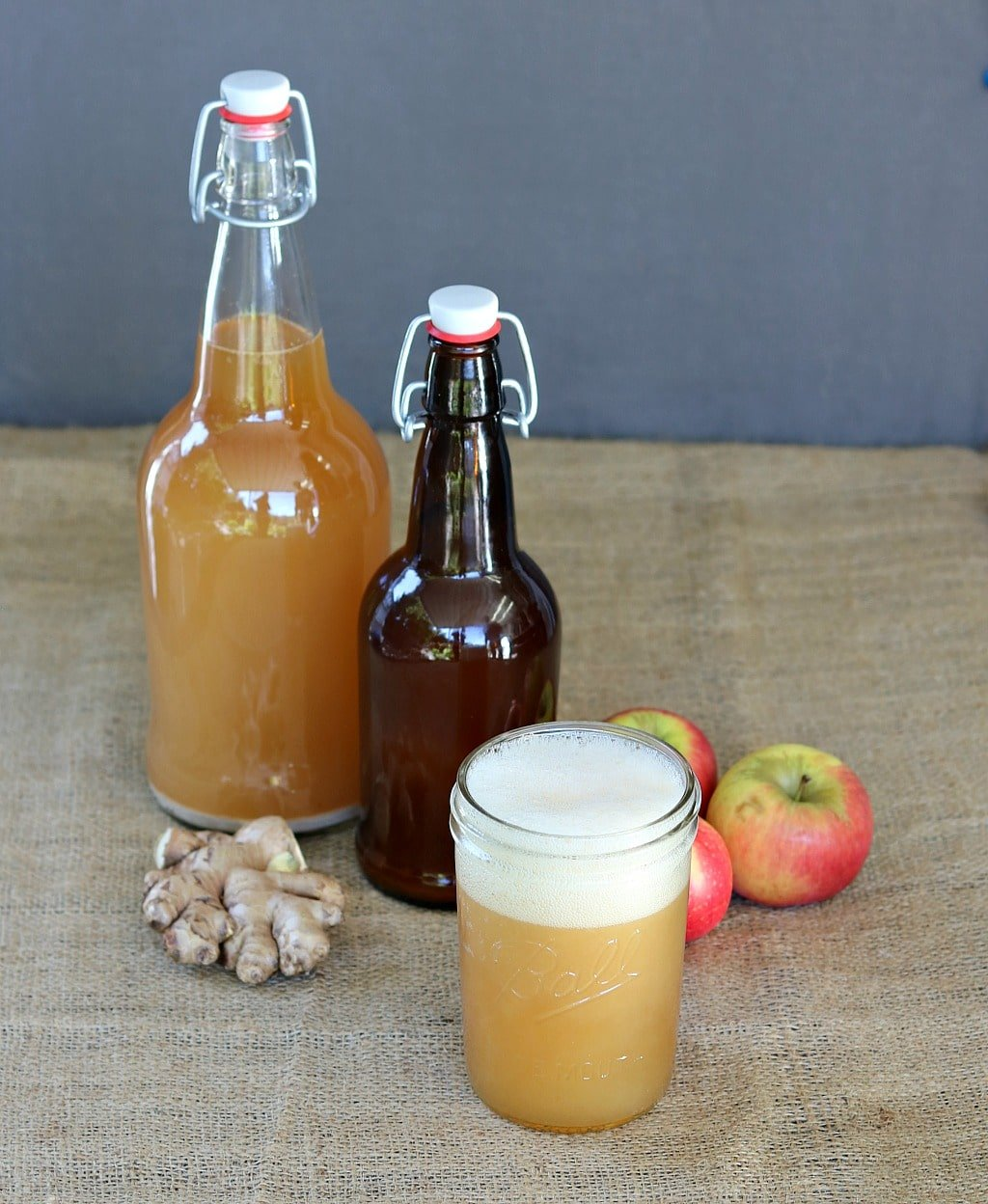 fizzy fermented apple ginger beer in a mason jar